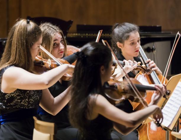 Mozart y Pergolesi: Sinfonía concertante y Stabat Mater